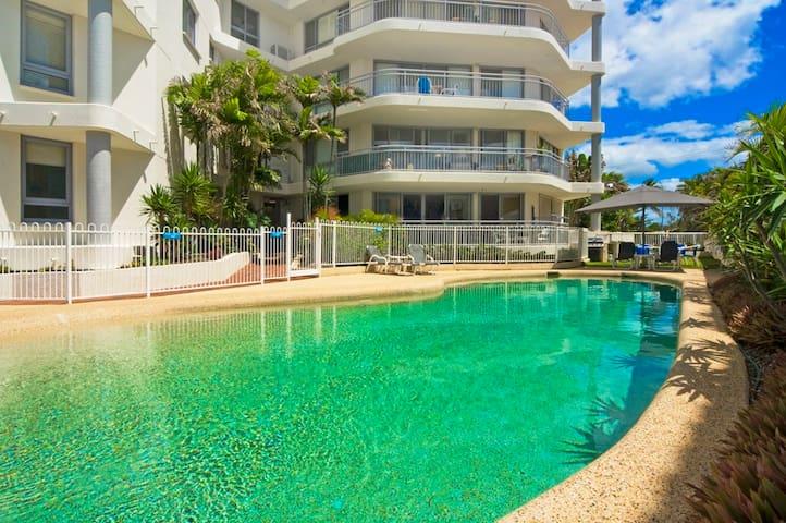 Oceanside Resort Beachfront - Bilinga