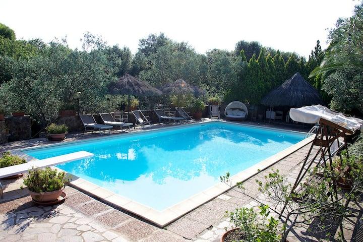Villa Biancospino vicino mare , piscine e spa