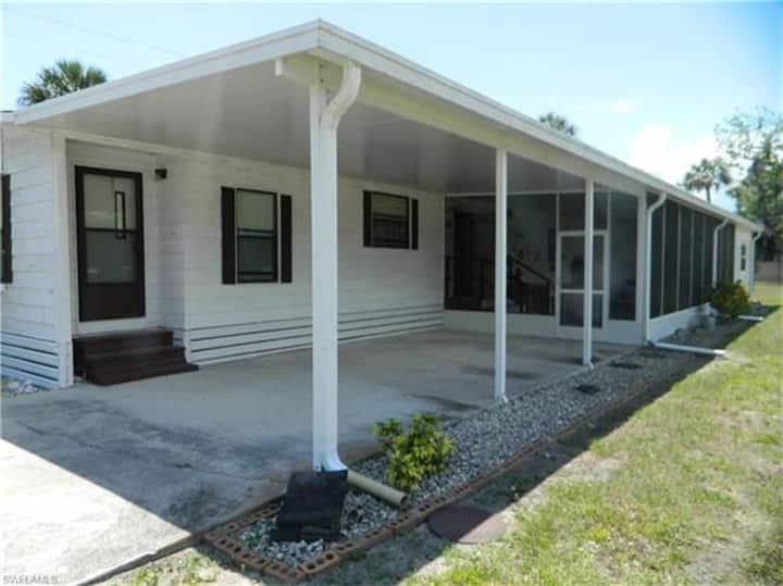 Loop Road Lodge Big Okeechobee Retreat Lakeport FL