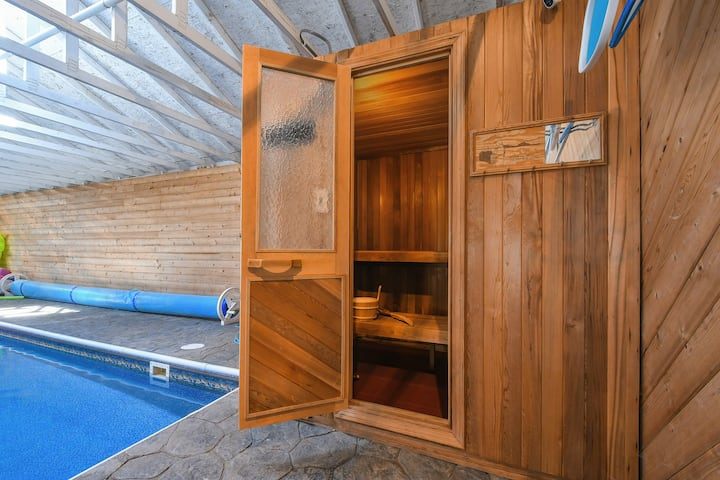 Unique Private Guest House ★ Sauna Game Room