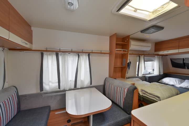 Urban Caravan- Private RV Camper for 2 people