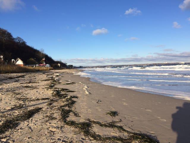 Nur 5 km nach Scharbeutz / Timmendorfer Strand - Ratekau - Pis