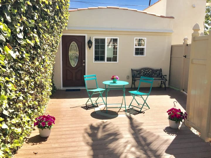 Beverly Hills Adjacent - Private Guest House