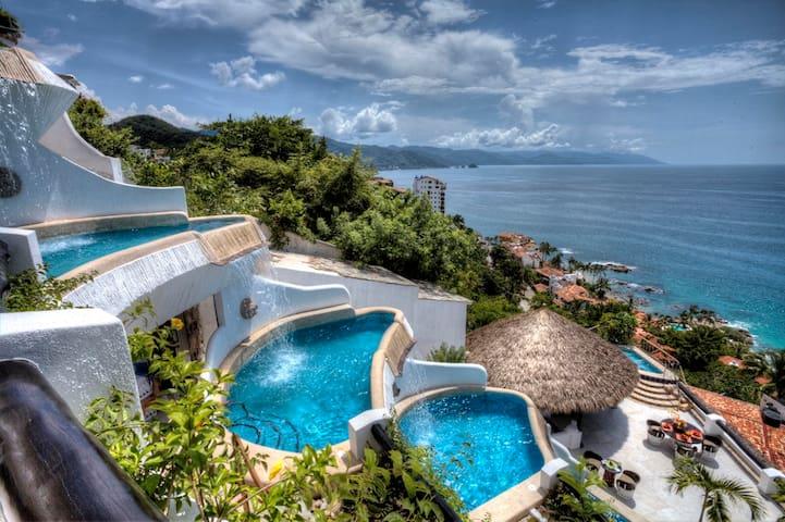 Ocho Cascadas Private Villas - Puerto Vallarta - Villa