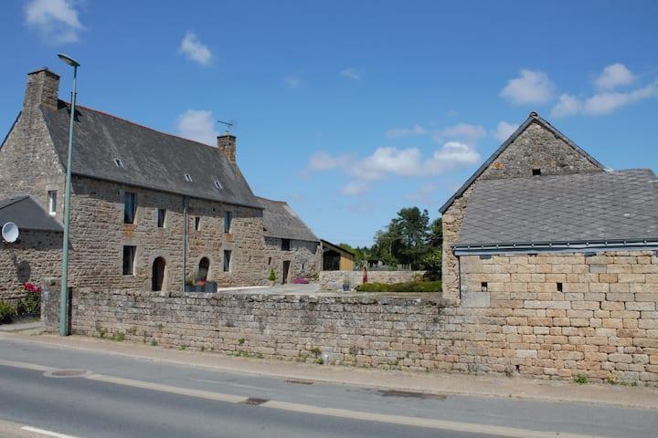 Le Relais de La Poterie - Maison en pierre rénovée