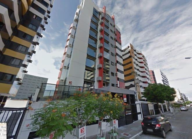 Excelente apartamento na Ponta Verde