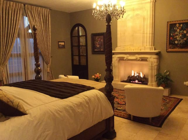 Gas fireplace in the room keeps you nice and toasty on colder nights.