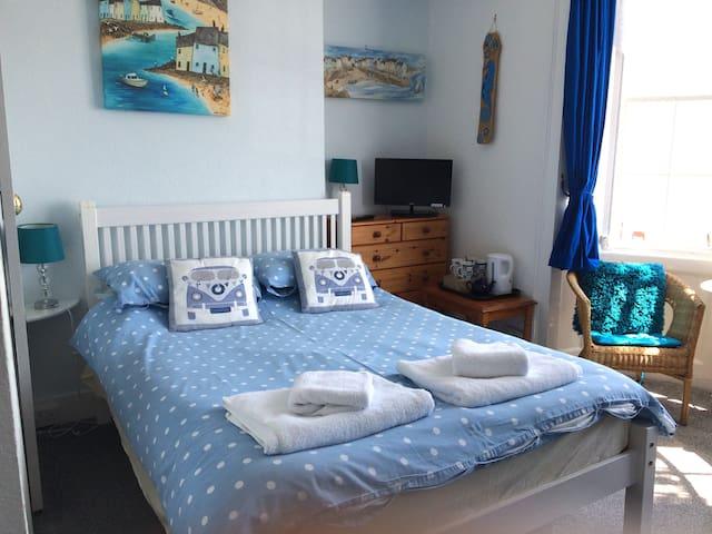 Horizon Guest House - Room 1 - Weymouth - Wikt i opierunek