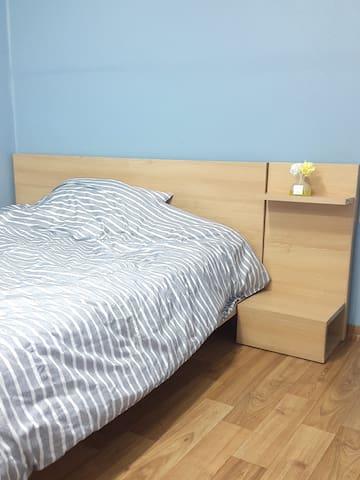 Roommate_corner
