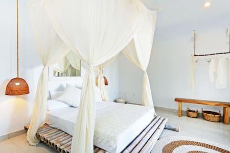 Full Moon Room, Villa Lua Canggu - Canggu  - Villa