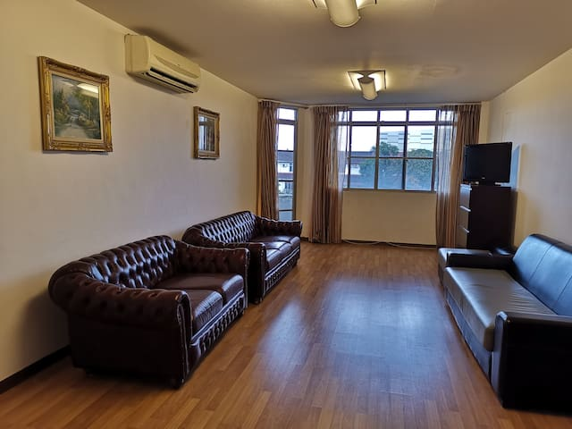 Kuching 3BR Apartment @ TR Homestay