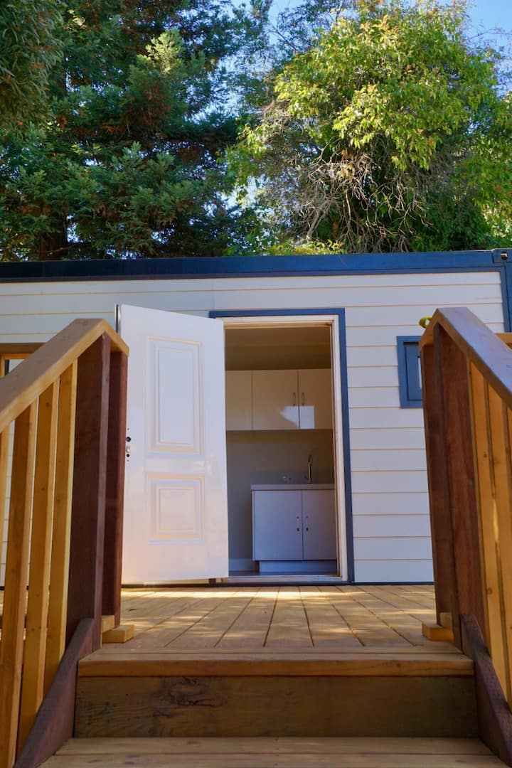 ★ Stunning, New Tiny Home | Close to Everything ★