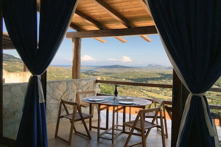 Open space with amazing views - Olbia - Çatı Katı
