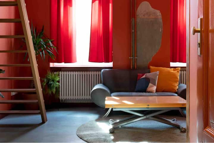 Vibrant studio for 2 in the heart of Berlin