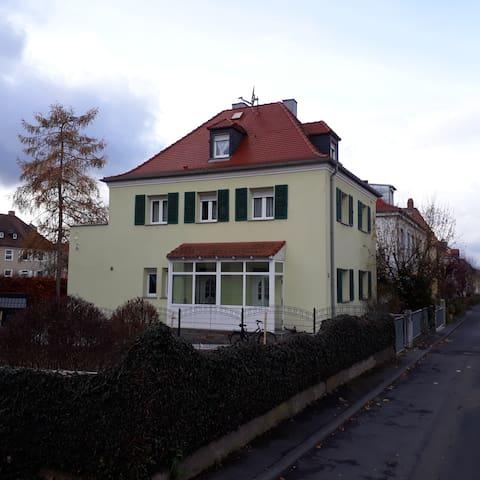 2-Zimmer-Einliegerwohnung Stadtteil Frauenland