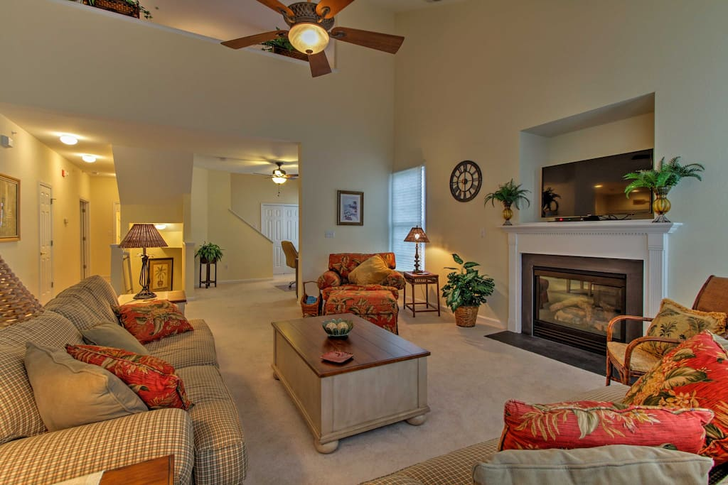 The luxurious living space offers plenty of space for all 6 guests to unwind.
