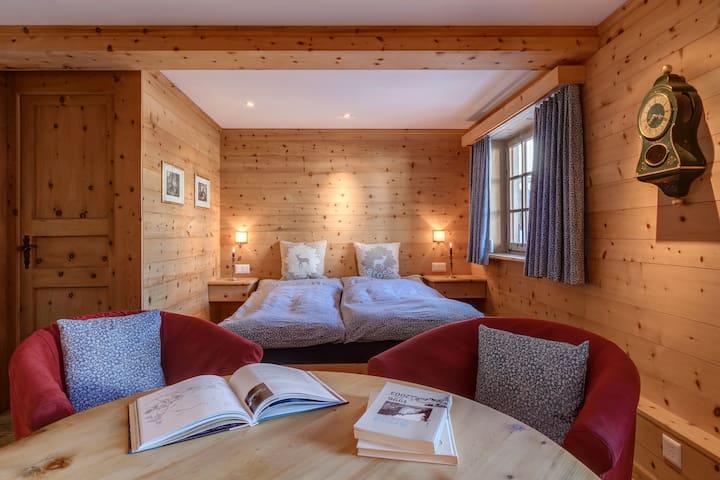 Schlafzimmer Parterre (Foto: Nina Homberger)