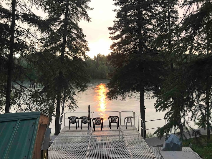 Home on Kenai River w Beautiful Deck &  Cottage
