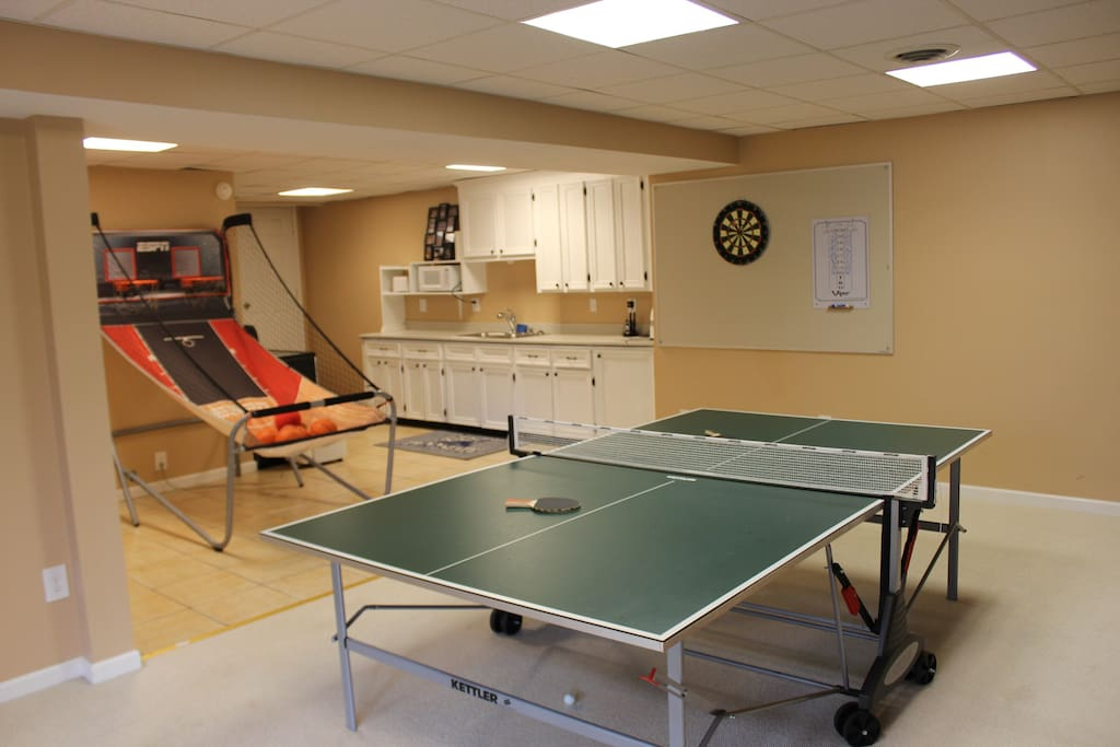 Ping pong, pop-a-shot and darts available.