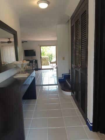 Villa exclusiva y tranquila en Marina Ixtapa