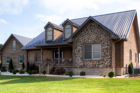 Rustic 4BR Sugar Grove House - Sugar Grove