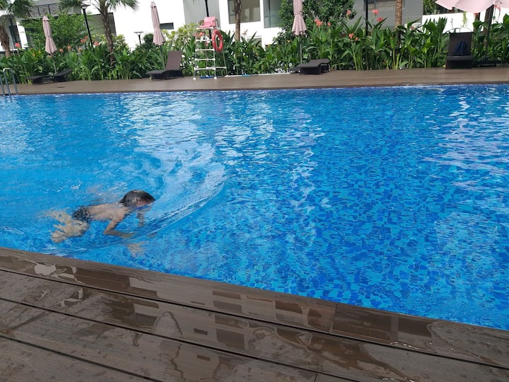 Townhouse 20 minutes from Dist 1 Ho Chi Minh city.