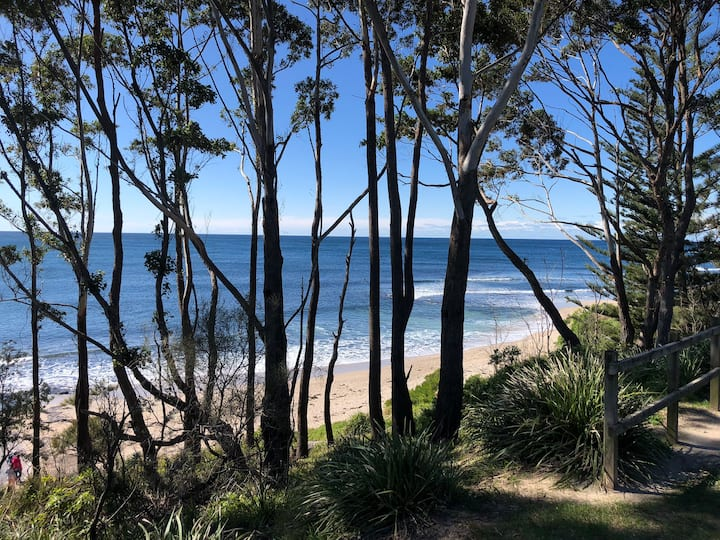 Ocean views, surfer friendly and walk to the beach