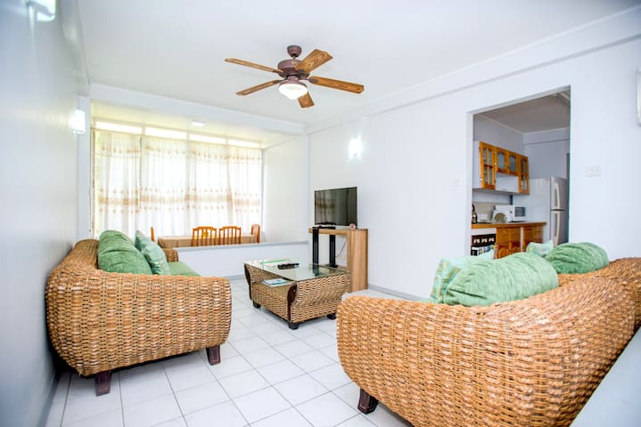 Bougainvillea Apartments- Deluxe Two Bedroom