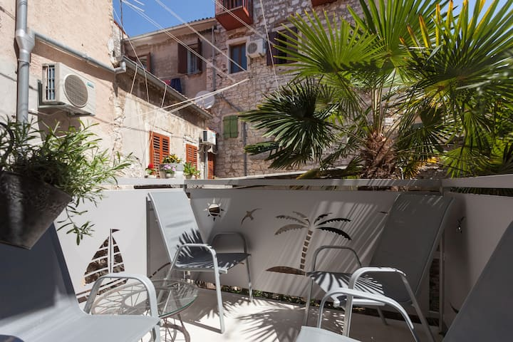 Historical Old town, 2 bd, Carera,pedestrian zone - Rovinj - Apartment