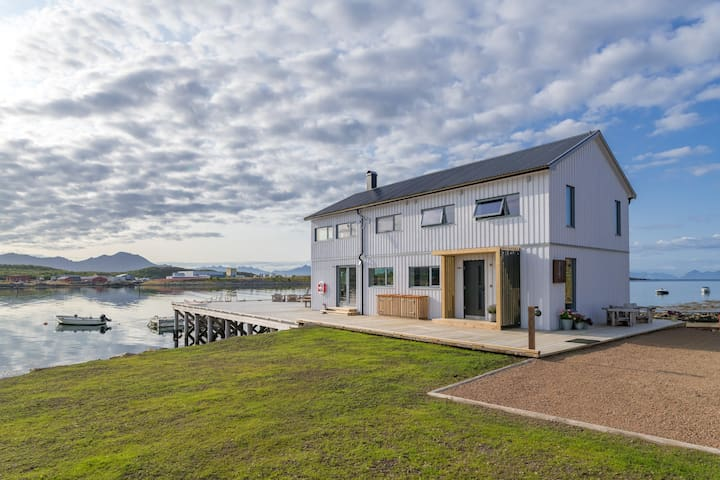 New unique house with a big pier and a unique view