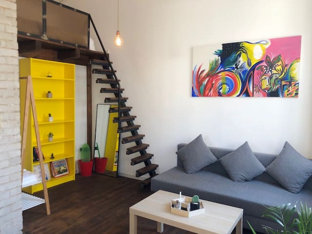Authentic Loft Studio in the Heart of Tel Aviv
