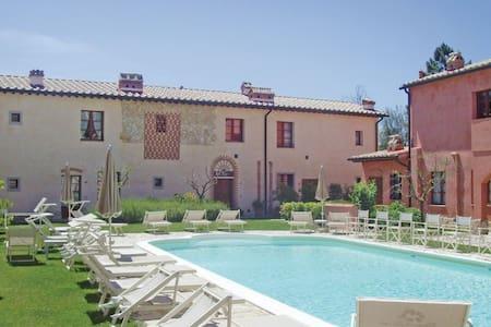 1 Bedroom Apts in Gambassi Terme -FI- - Gambassi Terme -FI- - Flat