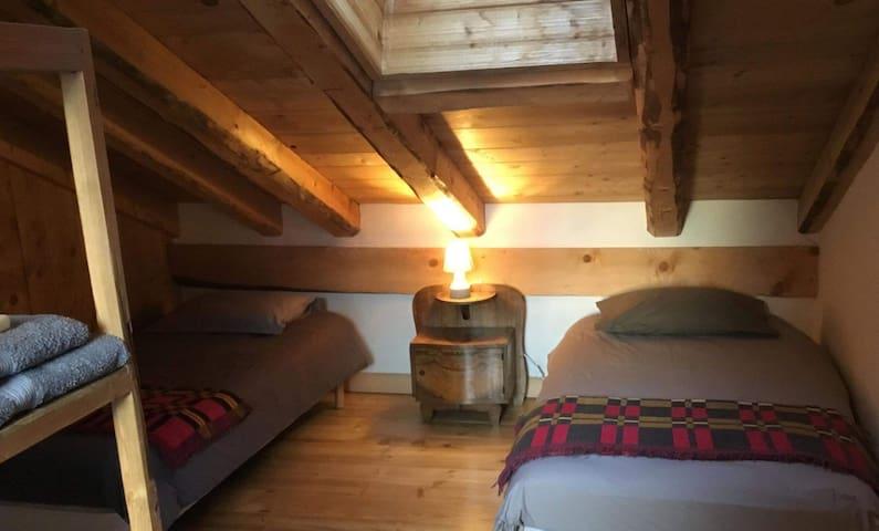 Chambre double en maison historique