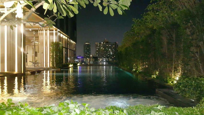 Brandnew Luxury,Near skytrain, airport link,Wifi,3 - Bangkok - Lägenhet