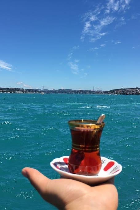 Tea along Bosphorus
