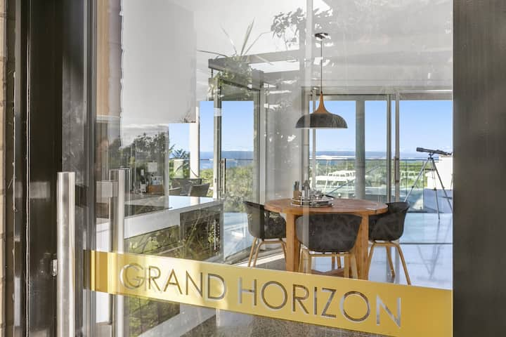 Grand Horizon with sweeping Ocean Views 1