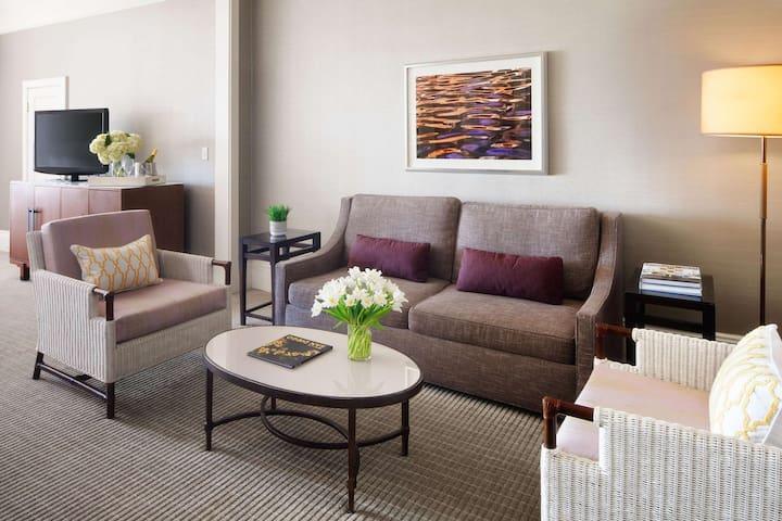 2BR Ocean View Suite @ Hotel del Coronado