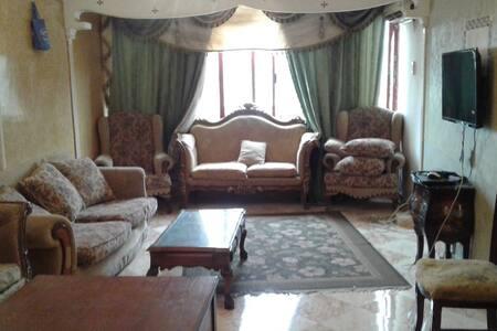 شقه للايجار في الزمالك في برج طه حسين