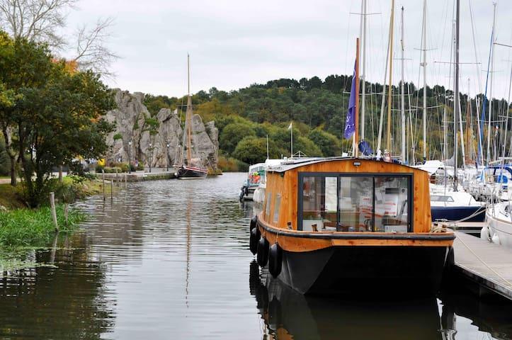 Hébergement insolite bateau Aventure Fluviale
