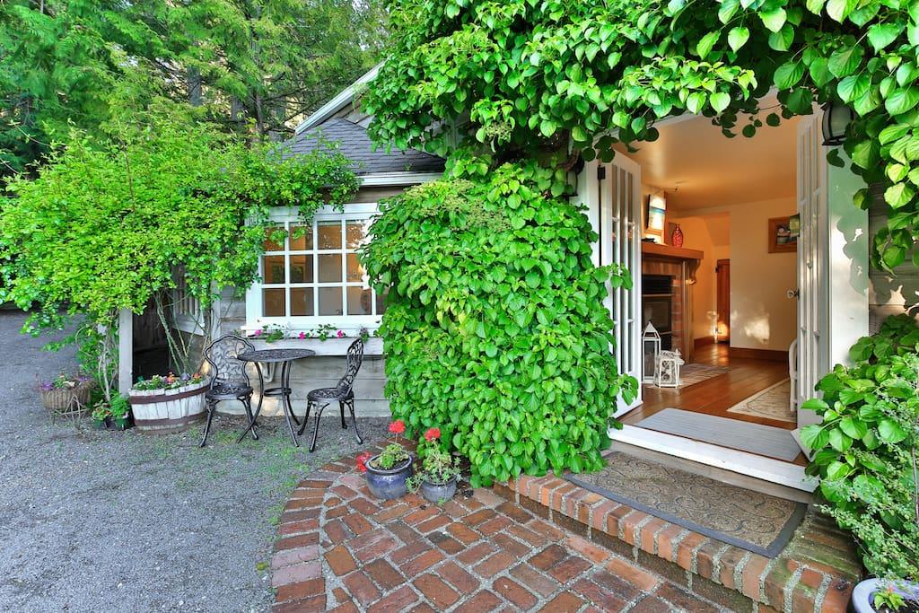 Sooke Cedar House Everett Suite Maison D 39 H Tes Louer Sooke Colombie Britannique Canada