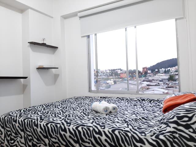 Acogedora Habitación.Excelente ubicación en Quito!