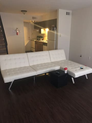 Entire Apartment Fully Furnished Great Location