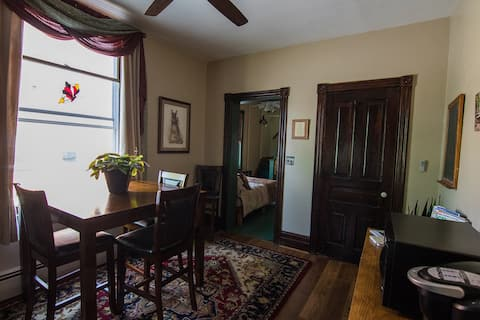 NEW! Gypsies Suite Retreat -1BR, Awesome Location!