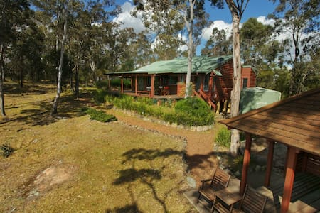 Bilby Spa Lodge Eaglereach - Vacy - Stuga