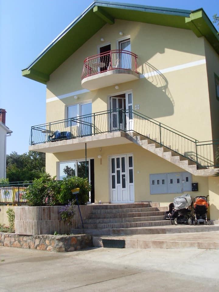 Домашние апартаменты в Радовичах