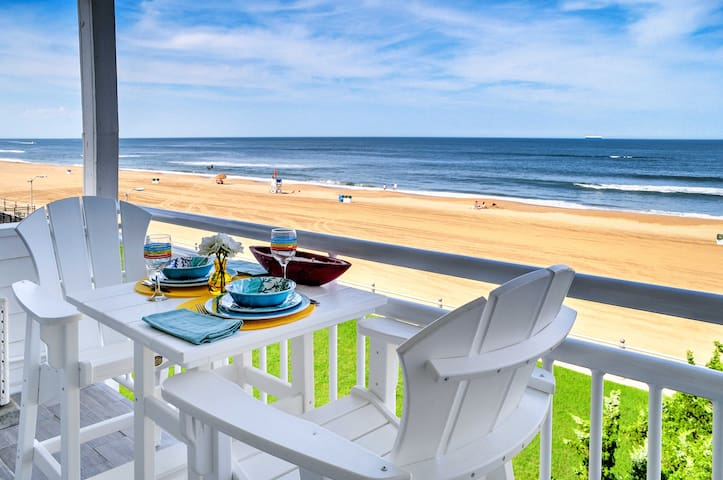 Virginia Beach Oceanfront Studio w/ Serene Views!