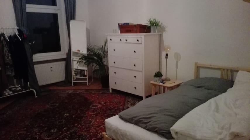 Big & cozy room in shared flat in Wedding