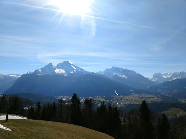 Watzmann-Blick: FeWo Obersalzberg für 4+ Skischule
