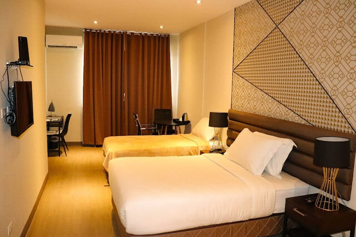 MAXX HOTEL ORTIGAS