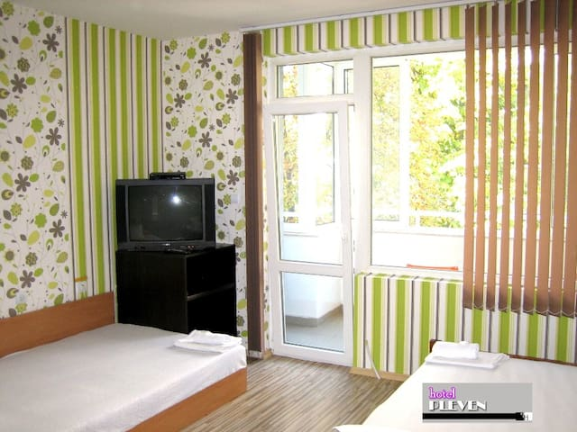 WIRELESS INTERNET, CABLE TV, NEW AIR-CONDITIONERS, LUX, New building is located behind the Balkan Hotel near the Medical University in the center of the city.Confort, Security, Perfect Hygiene ... !!! With us you feel at home. We speak Greek.